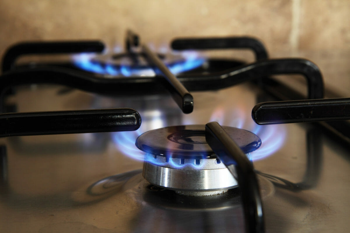 gas stove can worsen indoor air quality